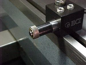 Axial Approach Knurling Tool|escape